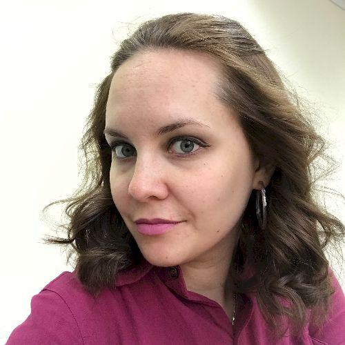 Natalia - Lisbon: I am a native Russian with a diplom which le...