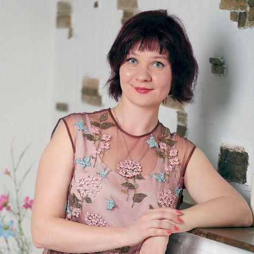 Anastasia - Russian Teacher in Melbourne: I am a native Russia...