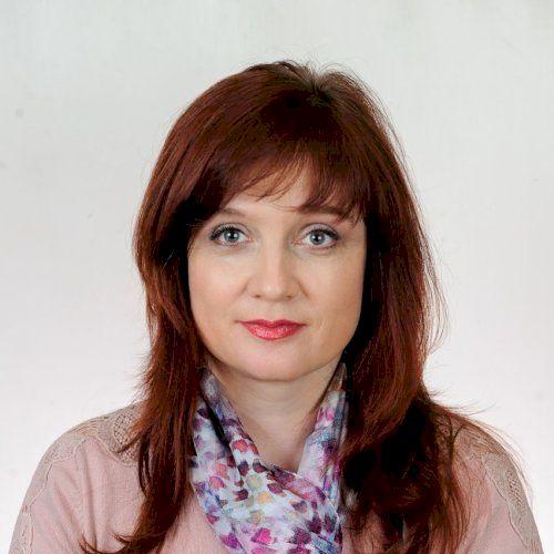 Violetta - Paris: Hi! I' am a Russian teacher and I will be ha...