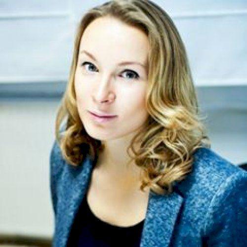 Elizaveta - Russian Teacher in Singapore: I'm Elizaveta from R...