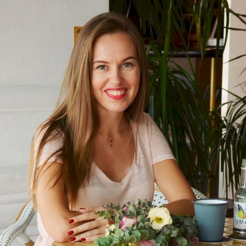 Olga - Russian Teacher in Singapore: Hello everyone, my name i...