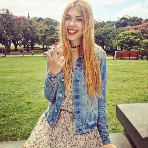 Noa - Russian Teacher in Tel Aviv: Graduated and worked as a j...