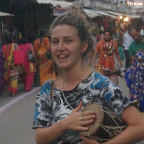 Violeta - Russian Teacher in Tel Aviv: Hey Im violeta I was bo...
