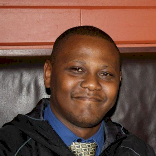 Andrew - Setswana Teacher in Cape Town: Hi Everyone, I am Andr...