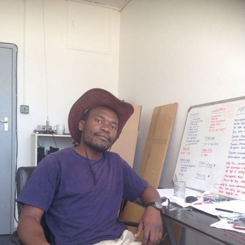 Julius - Shona Teacher in Cape Town: I am an experienced tutor...
