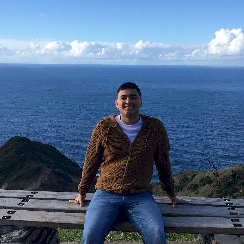 Hugo - Spanish Teacher in Auckland: I am a proud Colombian liv...