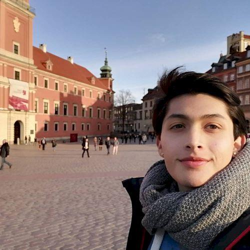 Jaime - Spanish Teacher in Berlin: Hello everyone, my name is ...