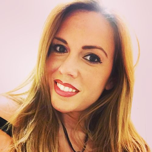 Verónica - Spanish Teacher in Dubai: I am a client services m...