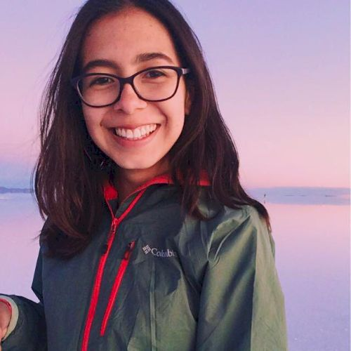 Javiera - Marseille: Hello, my name is Javiera and I am in Mar...