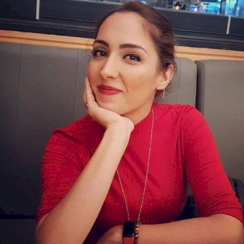 Esra - Turkish Teacher in Sydney: I am a professional broadcas...