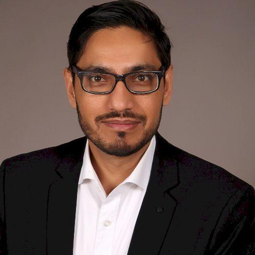 Khawar - Urdu Teacher in Berlin: I am from Pakistan living in ...