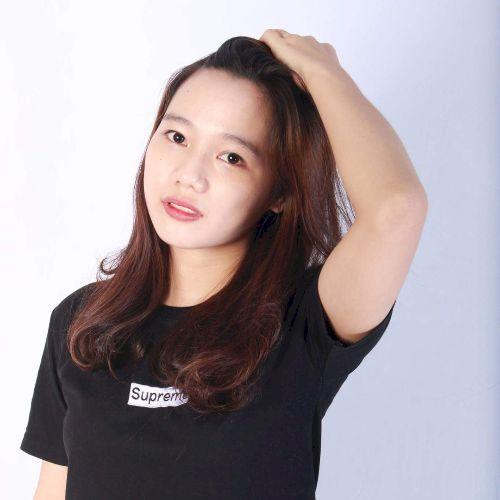 Mai - Vietnamese Teacher in Melbourne: Hi. I'm Mai from Vietna...