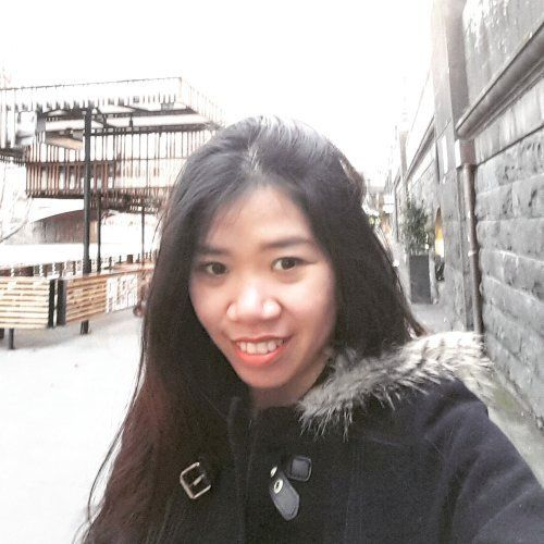 Helen - Vietnamese Teacher in Sydney: I am Helen, a funny Viet...