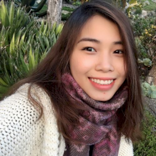 Linh - Vietnamese Teacher in Wellington: Hi! I am Linh, a nati...