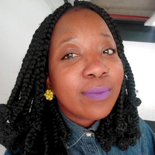 Nozuko - Xhosa Teacher in Cape Town: I'm Nozuko, a 30-year-old...