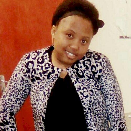 Sibongile - Xhosa Teacher in Cape Town: I am a South African w...