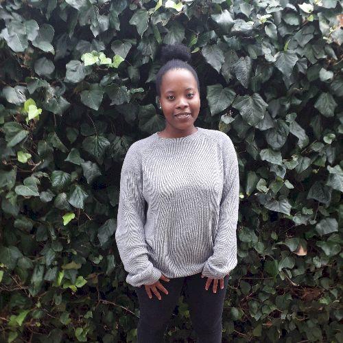 Yolanda - Xhosa Teacher in Cape Town: I am Yolanda, an 19-year...