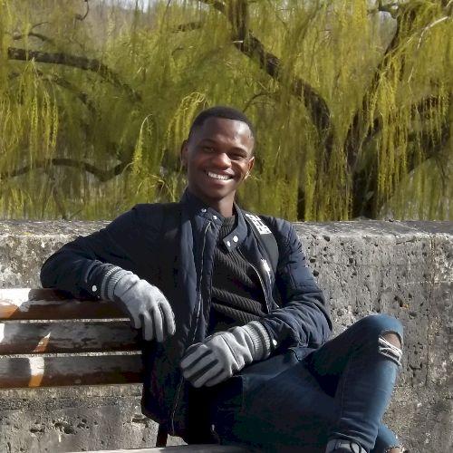 Khulekani - Zulu Teacher in Durban: First and foremost, I am a...