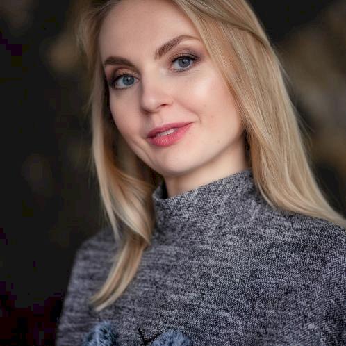 Елена - Minsk: My name is Elena. I live in Belarus. I`m a...