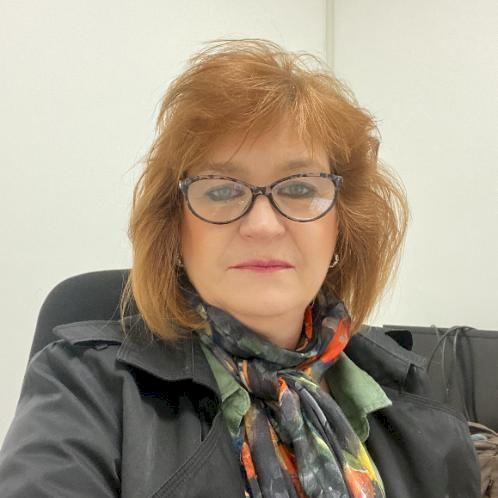 ANDREA - Pretoria: I am a mature lady and will provide convers...