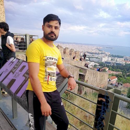 Adam - Thessaloniki: I'm a native Urdu and Punjabi speaker. I ...