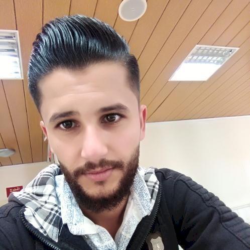 English teacher in Sharjah near you