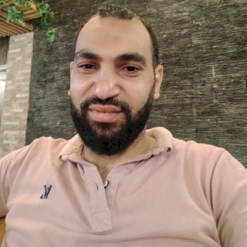 Ahmed - Dubai: السلام عليكم ورحمة الله و�...