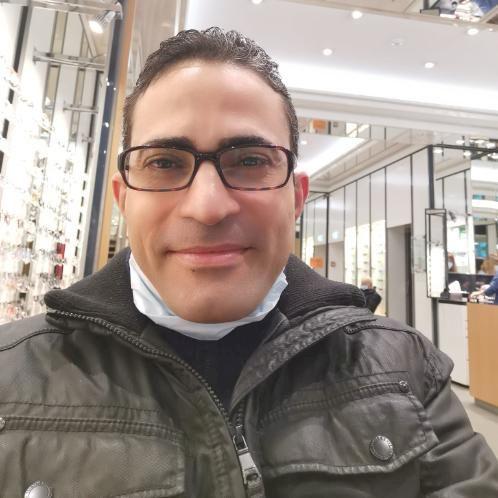 Ahmed - Arabic Teacher in Geneva: Iam Egyptian, live in Switze...