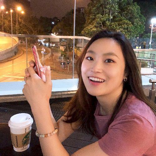 Ahra - Korean Teacher in Hong Kong: Hello, energetic and optim...