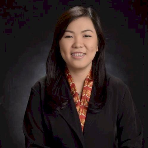 Alyssa - Dubai: I have experienced tutoring Korean schoolmates...