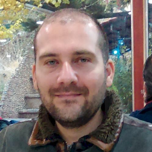 Amir - Arabic Teacher in Vienna: A university graduate in Busi...