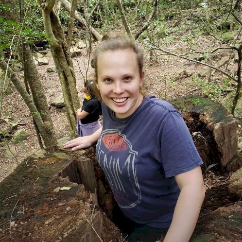 Amy - Cape Town: Hi there, I have studied in Montessori educat...