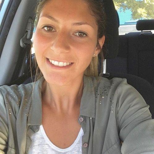 Anais - French Teacher in Gold Coast: I'm a registered nurse...