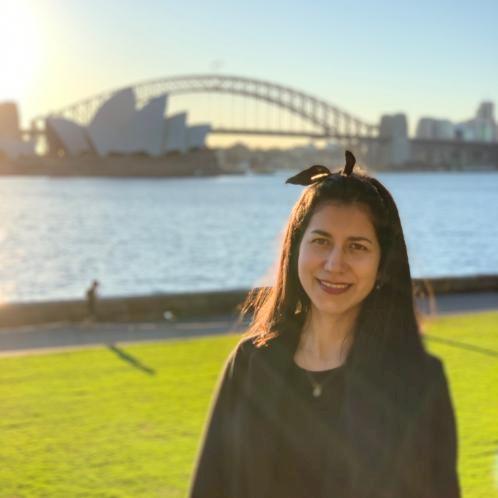 Angela - Sydney: I'm Colombian, I'm 30 years. I love teaching,...