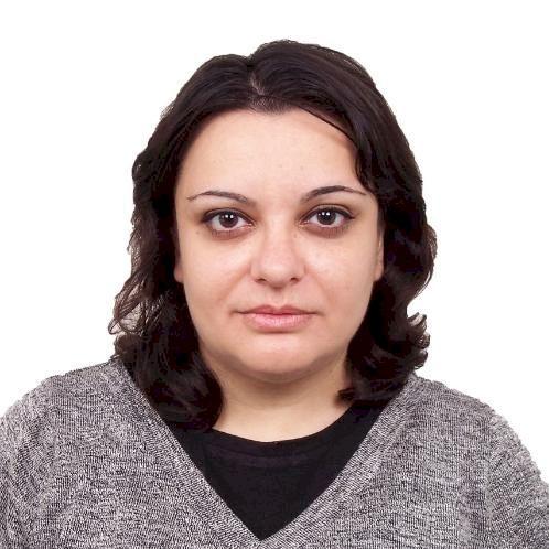 Anna - Dubai: I'm an experienced language teacher (English, Ru...