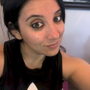 Ashley - English Teacher in Montreal: I have my bachelors in e...