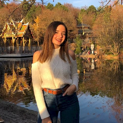 Aya - Arabic Teacher in Munich: Let's have a fun class to le...