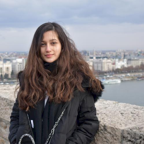 Ayla - Budapest: Hi!  I am a student originally from Azerbaij...