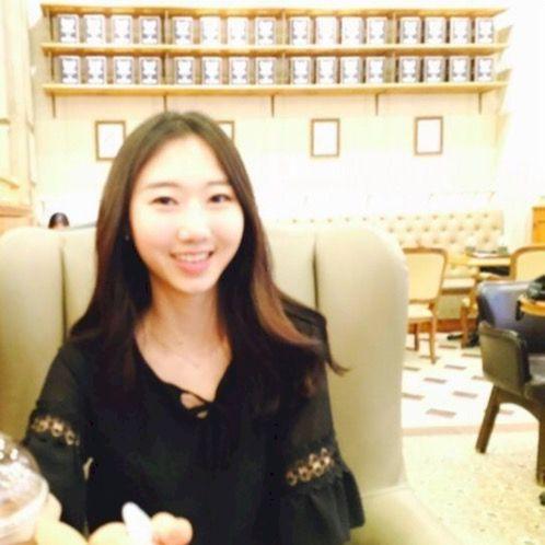 Bailey - Korean Teacher in Hong Kong: Hello, I am Bailey. Nice...