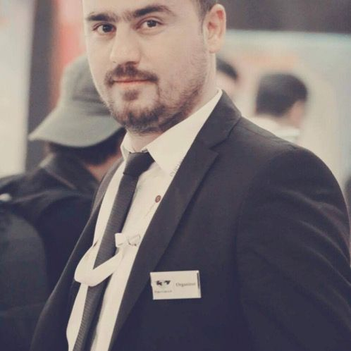 Basheer - Arabic Teacher in Reykjavik: Hello everyone I'm fr...