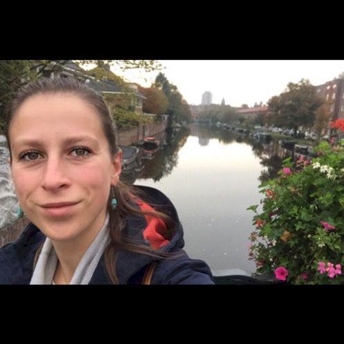 Bea - Hungarian Teacher in Amsterdam: I am a native Hungarian ...