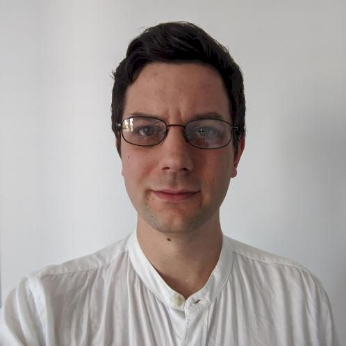 Benjamin - English Teacher in Sydney: I have 12 years of teach...