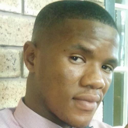 Castro - Xhosa Teacher in Cape Town: I'm an African male speak...