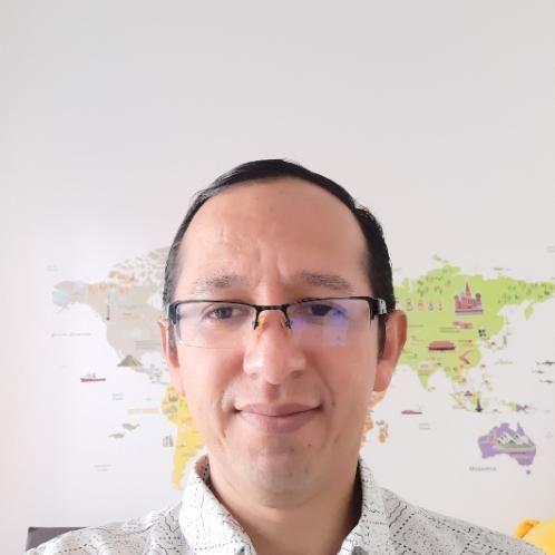Cesar Augusto - Spanish Teacher in Jakarta: Hello everyone! I ...