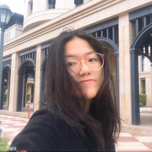Cookie - Hong Kong: I'm Cookie, a native Thai who is fluent in...