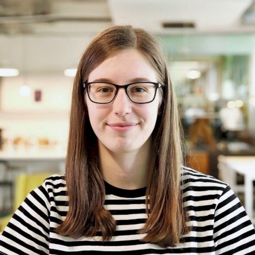 Courtney - English Teacher in Sydney: Hello! I'm a Cambridge...