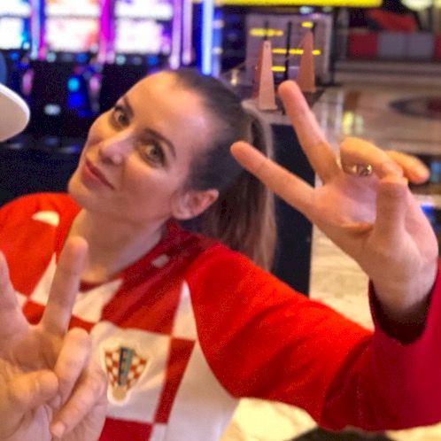Daniela - Croatian Teacher in Sydney: I'm financial professi...