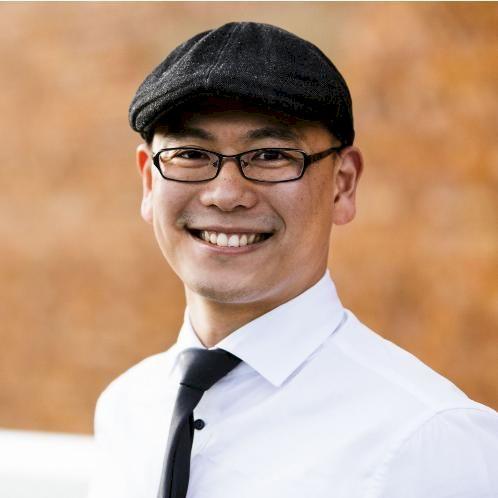 David - Brisbane: G'day, I am a native Chinese speaker who has...
