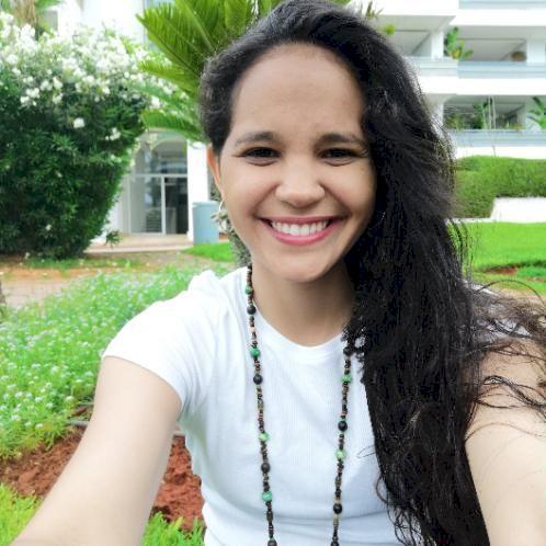 Deborah - Casablanca: I am a Native Speaker with years of expe...