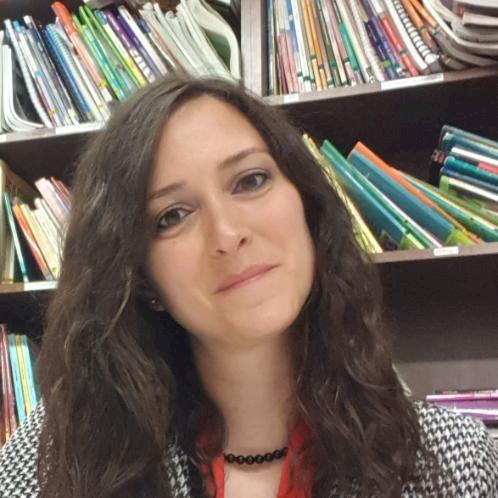 Deniz - Turkish Teacher in Dublin: I'm Deniz and I am an exper...